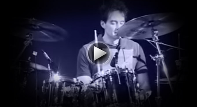Virgil Donati PARADIDDLE / DOUBLE PARADIDDLE MADNESS ansehen